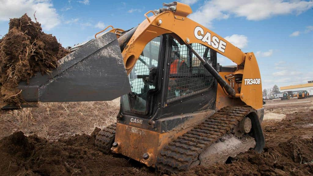 https://assets.cnhindustrial.com/casece/nafta/assets/Products/Compact-Track-Loaders/B-Series/TR340B/TR340B_IMG_9498.jpg