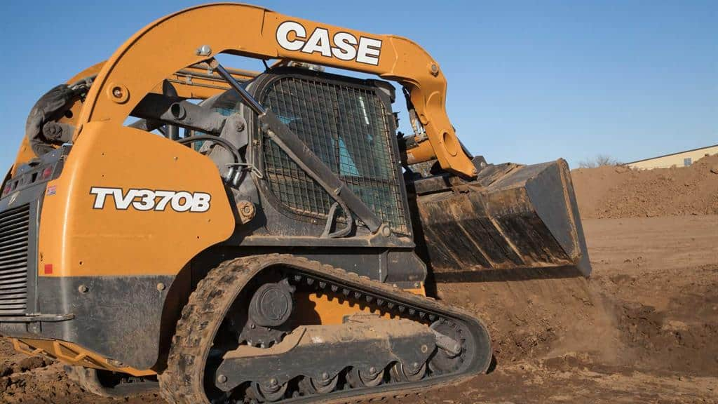 https://assets.cnhindustrial.com/casece/nafta/assets/Products/Compact-Track-Loaders/B-Series/TV370B/TV370B_IMG_8878.jpg