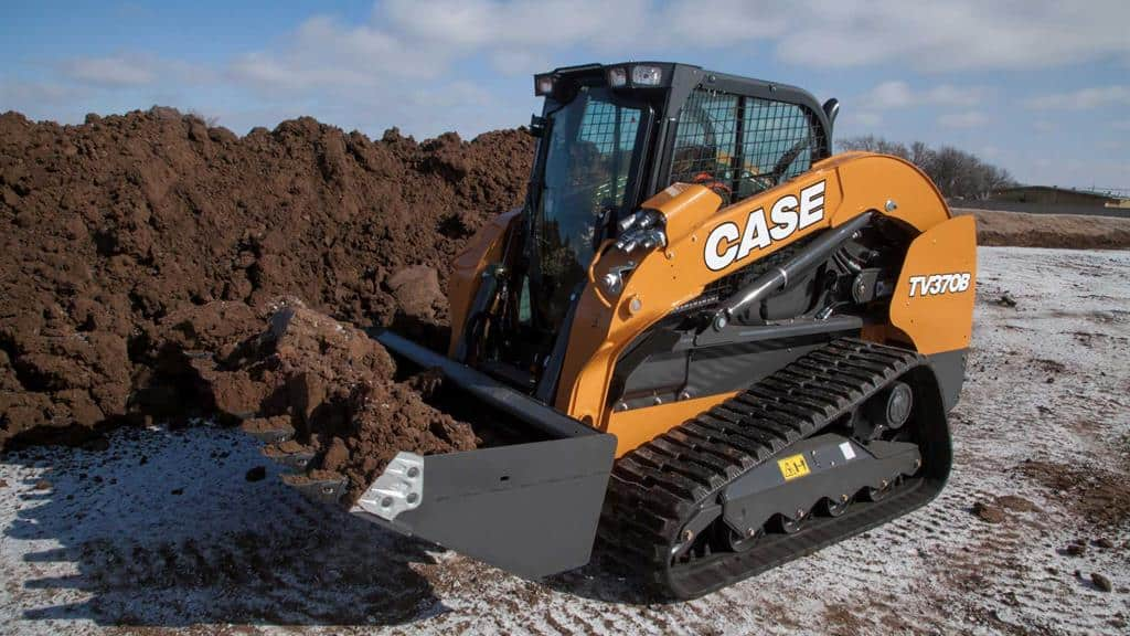 https://assets.cnhindustrial.com/casece/nafta/assets/Products/Compact-Track-Loaders/B-Series/TV370B/TV370B_IMG_9965.jpg