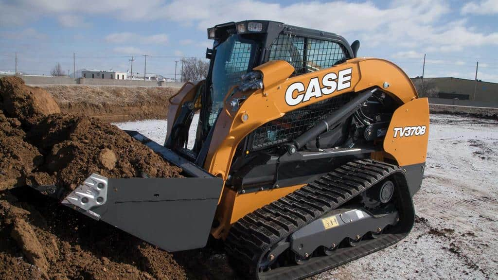 https://assets.cnhindustrial.com/casece/nafta/assets/Products/Compact-Track-Loaders/B-Series/TV370B/TV370B_IMG_9981.jpg