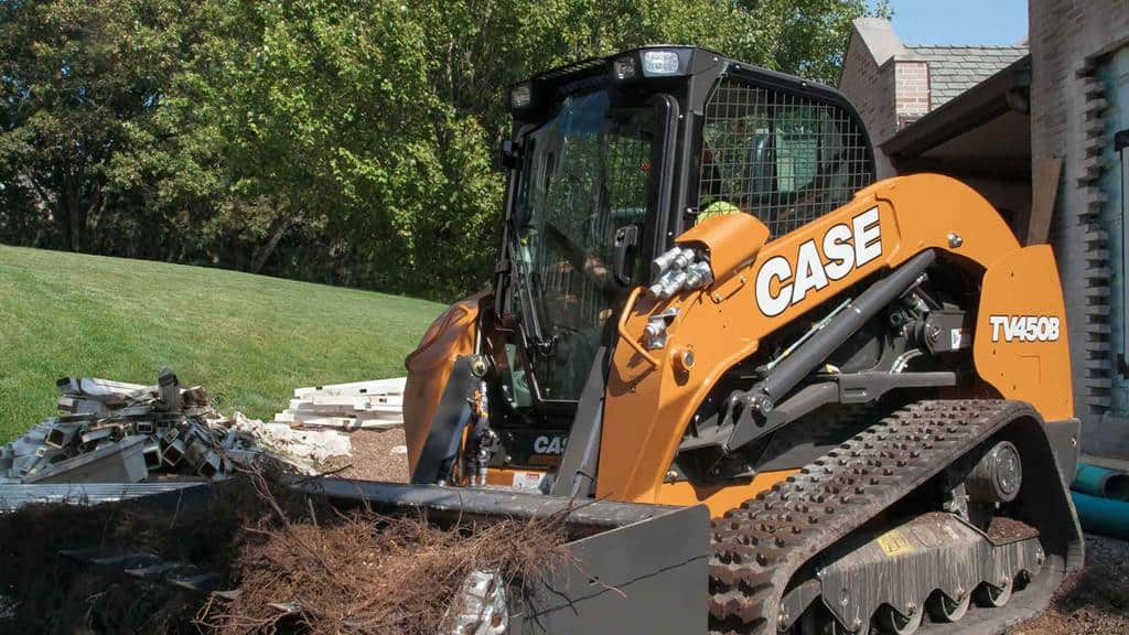 https://assets.cnhindustrial.com/casece/nafta/assets/Products/Compact-Track-Loaders/B-Series/TV450B/TV450B_IMG_6101.jpg
