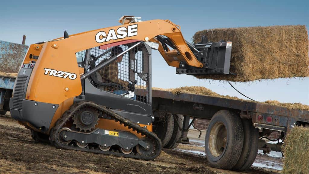 https://assets.cnhindustrial.com/casece/nafta/assets/Products/Compact-Track-Loaders/TR270-1464_effect.jpg