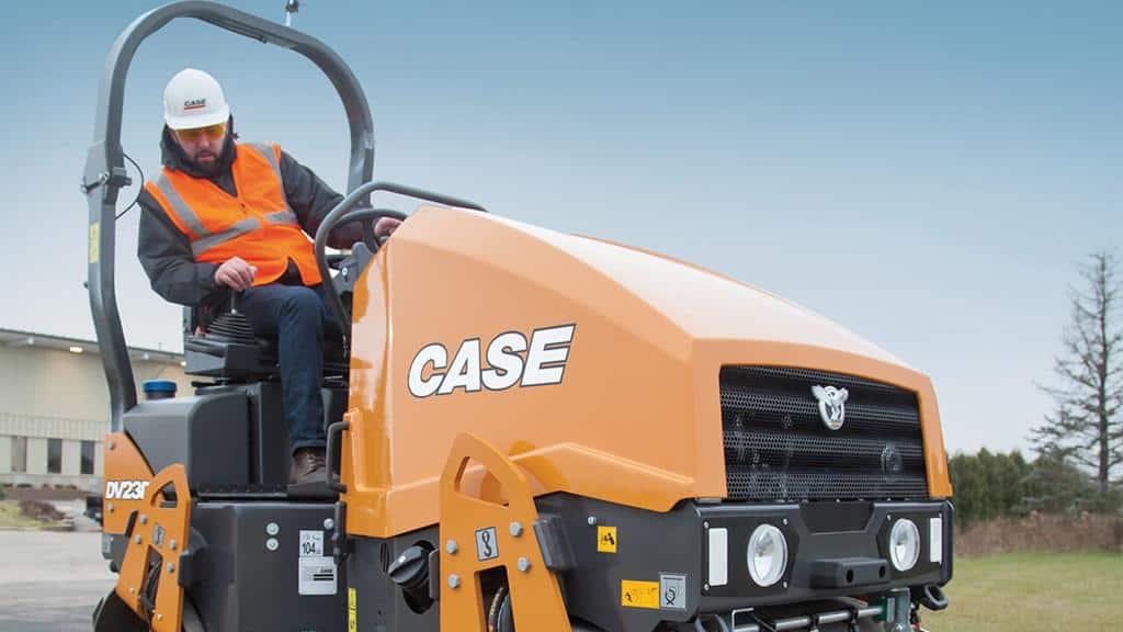 https://assets.cnhindustrial.com/casece/nafta/assets/Products/Compaction-Equipment/Double-Drum-Rollers/DV23D/DV23D_IMG_8037.jpg