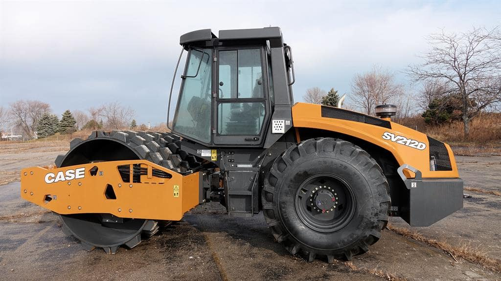 https://assets.cnhindustrial.com/casece/nafta/assets/Products/Compaction-Equipment/Single-Drum-Rollers/SV212D/CCE_CMP_photo_3-5-18_SV212D_DSC01229.jpg