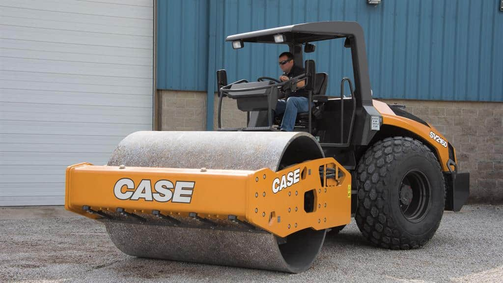 https://assets.cnhindustrial.com/casece/nafta/assets/Products/Compaction-Equipment/Single-Drum-Rollers/SV216D_DSC_9313_mr.jpg
