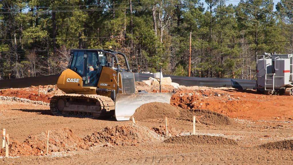 https://assets.cnhindustrial.com/casece/nafta/assets/Products/Crawler-Dozers/1150M_2018-1-30_SouthCarolina_0055_1920.jpg