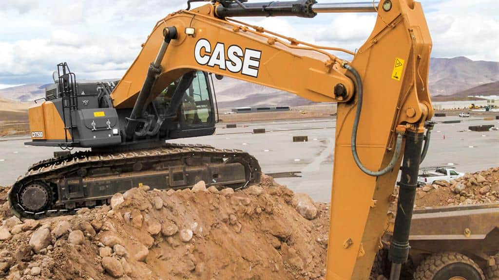 https://assets.cnhindustrial.com/casece/nafta/assets/Products/Excavators/Full-Size-Excavators/750D/CCE_EXC_DSER_photo_2-20-18_CX750D_June 2016.jpg
