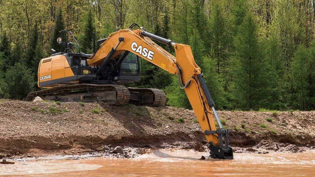 https://assets.cnhindustrial.com/casece/nafta/assets/Products/Excavators/Full-Size-Excavators/CX250D/CCE_EXC_DSER_photo_2-20-18_WorkingShots_CX250D_0091.jpg