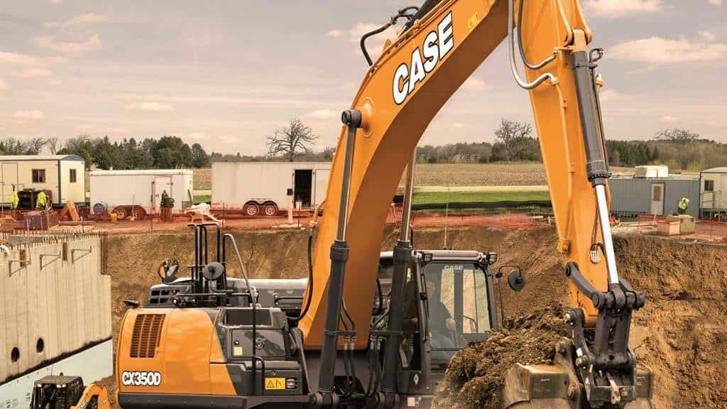 https://assets.cnhindustrial.com/casece/nafta/assets/Products/Excavators/Full-Size-Excavators/CX350D/CX210D_CASE_Staab_0740_effect.jpg