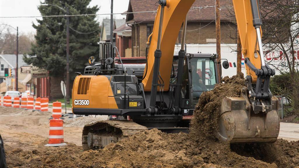 https://assets.cnhindustrial.com/casece/nafta/assets/Products/Excavators/Full-Size-Excavators/CX350D/CX350D_CASE_StateSt_Racine_0350.jpg