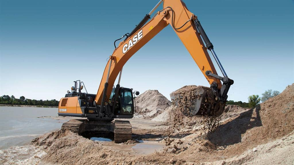 https://assets.cnhindustrial.com/casece/nafta/assets/Products/Excavators/Full-Size-Excavators/CX350D_IMG_0125_effect.jpg