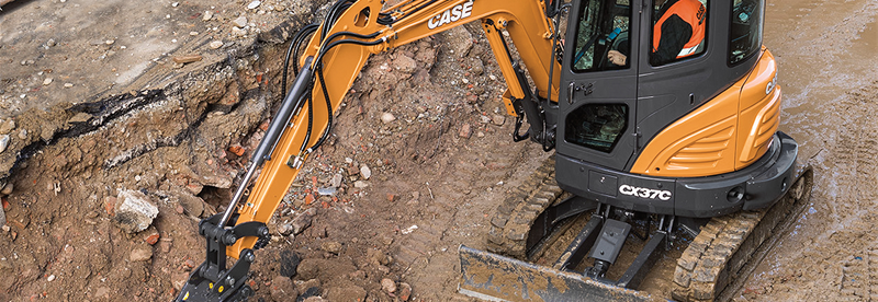 Mini Excavators | Compact Excavators | CASE Construction