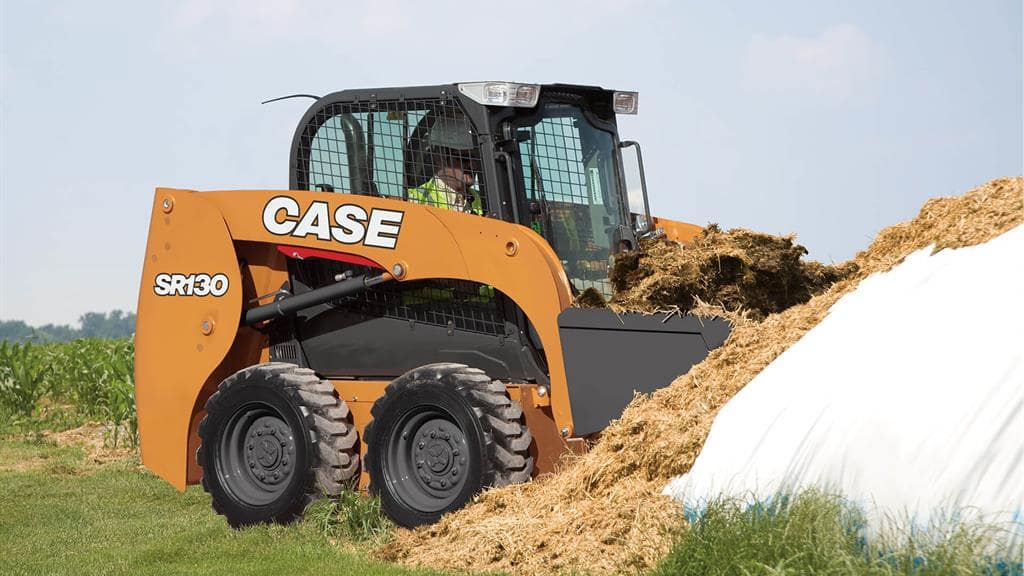 https://assets.cnhindustrial.com/casece/nafta/assets/Products/Skid-Steer-Loaders/SR130/CCE_SSL_photo_3-8-18_SR130_SR150-9179Ag_V2.jpg