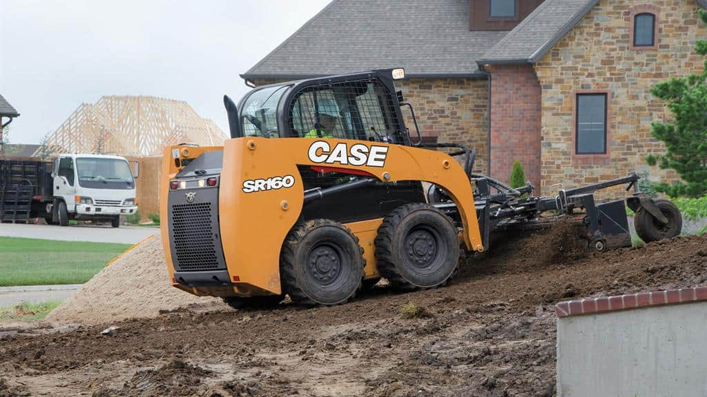 https://assets.cnhindustrial.com/casece/nafta/assets/Products/Skid-Steer-Loaders/SR160/CCE_SSL_photo_4-16-18_SR160_Day03_ConstructionSite_0031.jpg