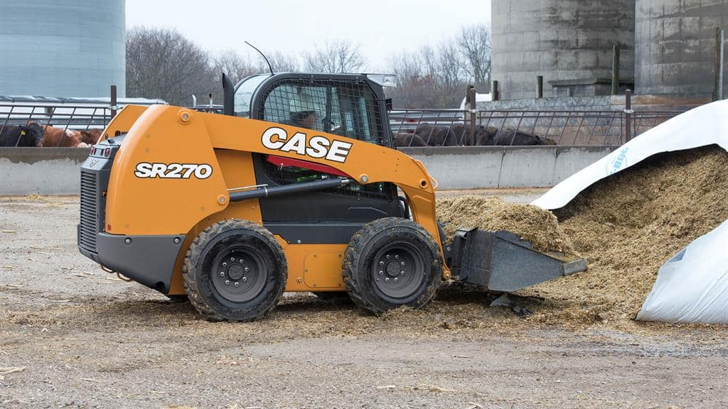 https://assets.cnhindustrial.com/casece/nafta/assets/Products/Skid-Steer-Loaders/SR270/CCE_SSL_photo_3-16-18_SR270_RJP_3949.jpg