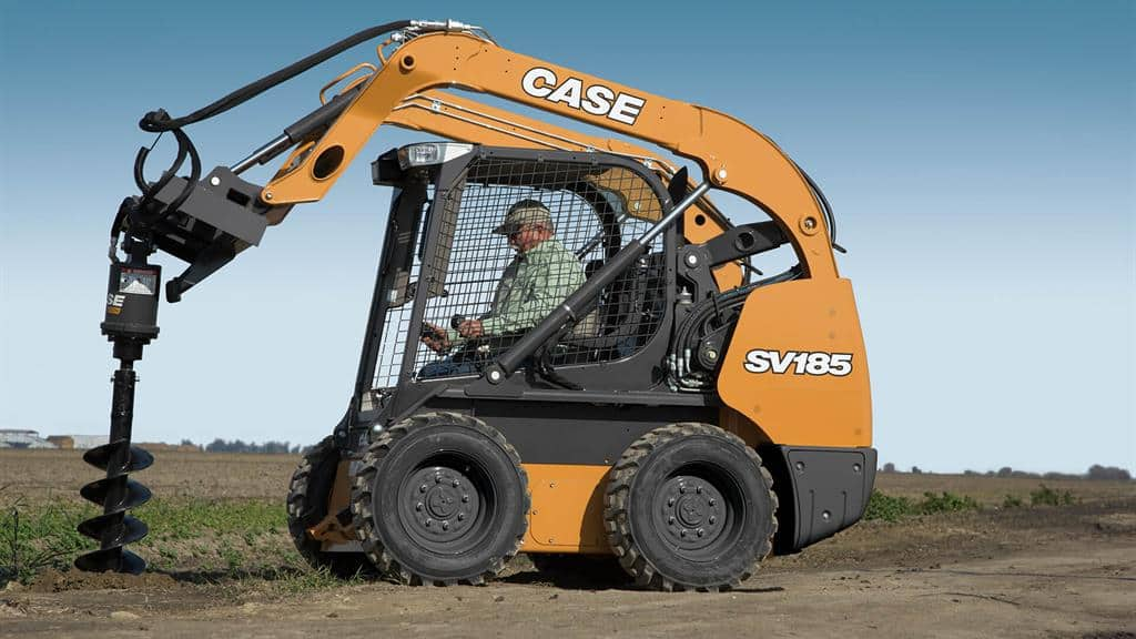 https://assets.cnhindustrial.com/casece/nafta/assets/Products/Skid-Steer-Loaders/SV185/CCE_SSL_photo_3-8-18_SV185-1659_effect.jpg