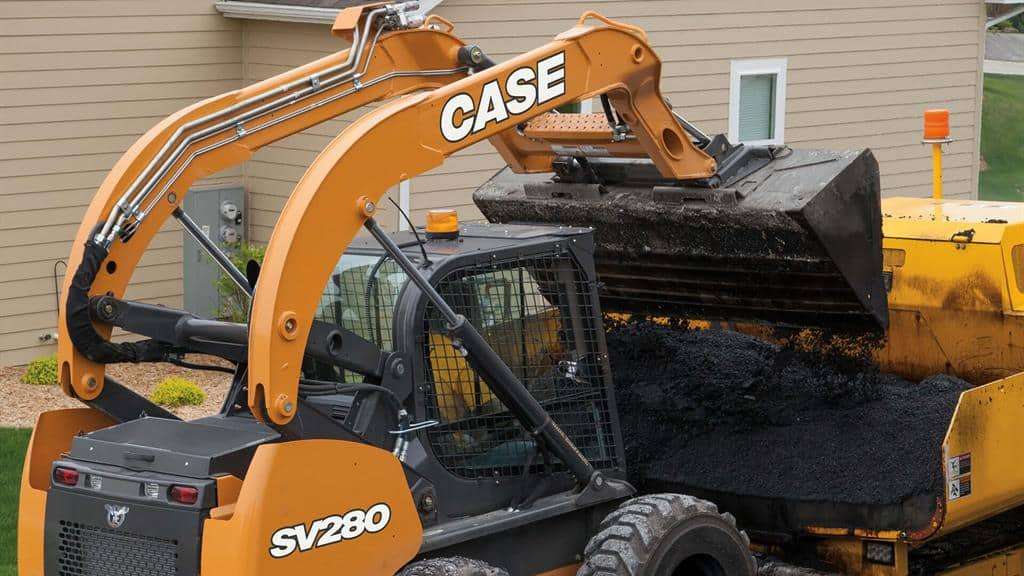 https://assets.cnhindustrial.com/casece/nafta/assets/Products/Skid-Steer-Loaders/SV280/CCE_SSL_photo_12-26-17_SV280_SSL_PurposeContracting_0077.jpg