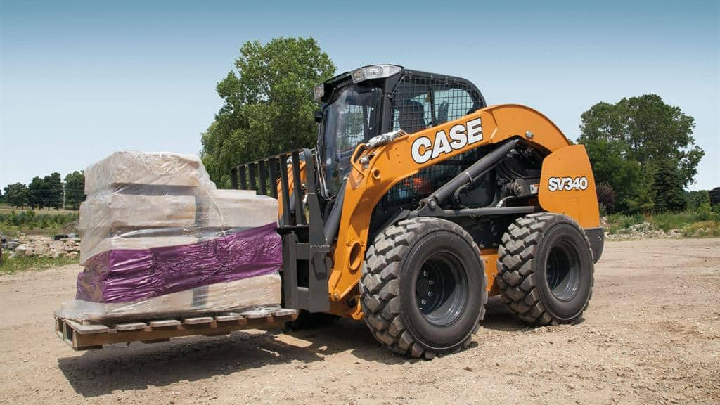 https://assets.cnhindustrial.com/casece/nafta/assets/Products/Skid-Steer-Loaders/SV340_2209_effect.jpg