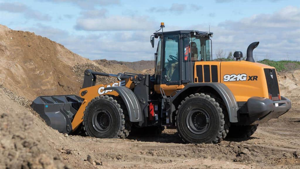 https://assets.cnhindustrial.com/casece/nafta/assets/Products/Wheel-Loaders/Full-Size-Wheel-Loaders/921Gxr__RJP1481.jpg