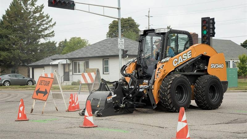 Go with the Flow: Skid Steer Hydraulics | CASE News