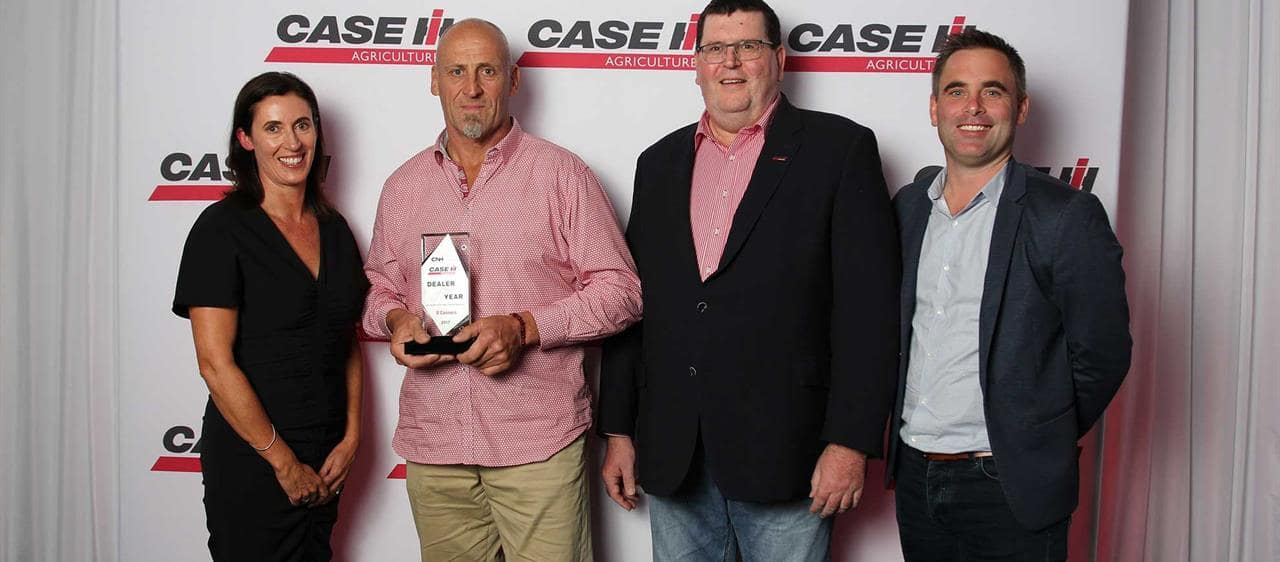O'Connors and Larwoods take home 2017 Case IH Dealer of the Year awards