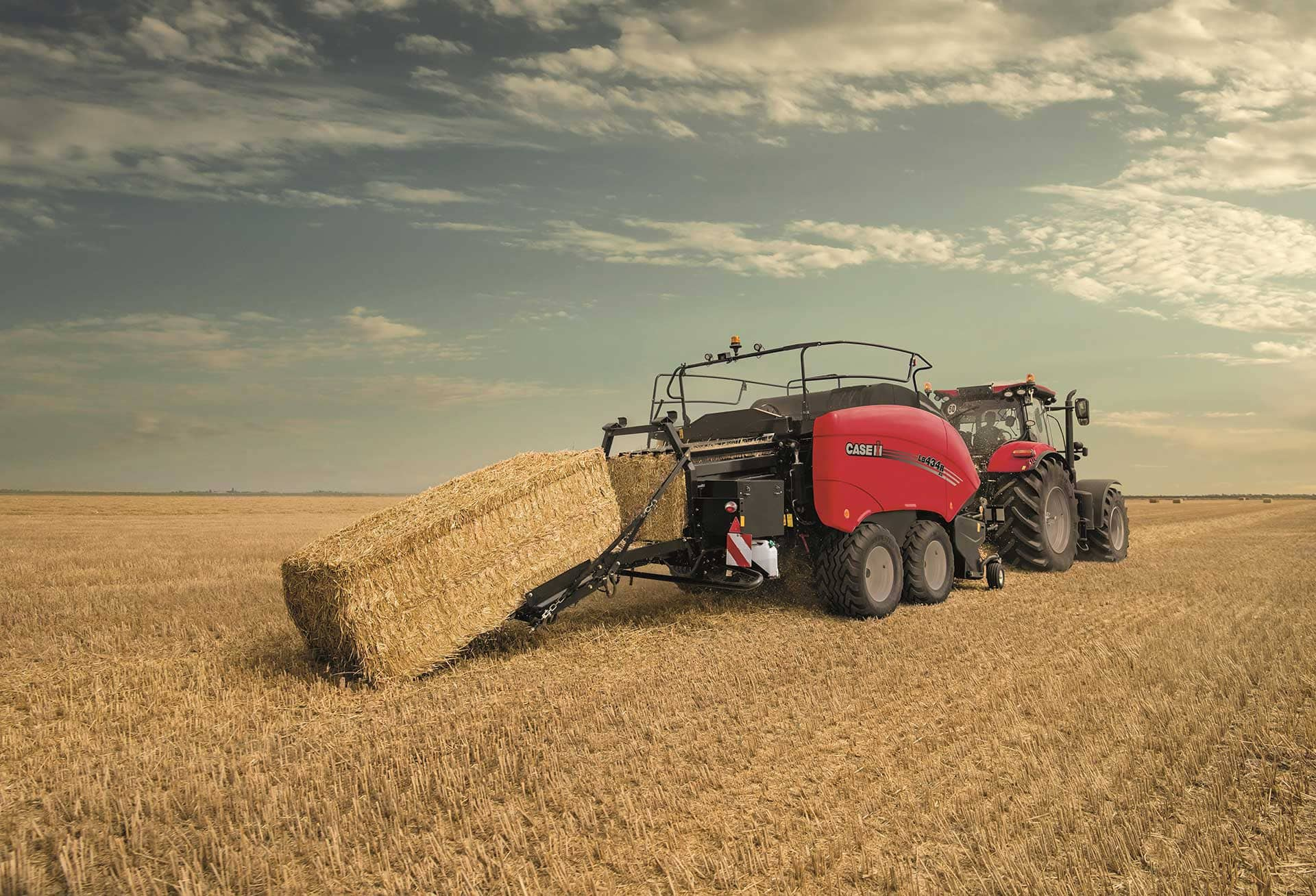Large Square Balers | Case IH