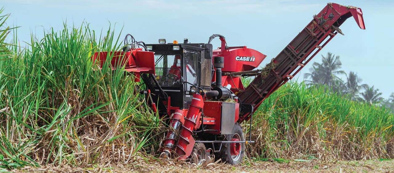 Progressive Maharashtra sugar mills receive full sets of Case IH equipment