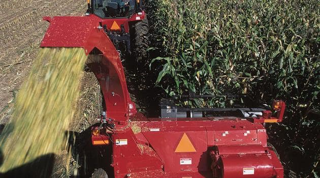 Pull-TypeForageHarvester-Efficiency-Blower