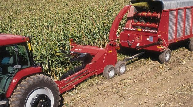 Pull-TypeForageHarvester-Efficiency-Electronic Remote