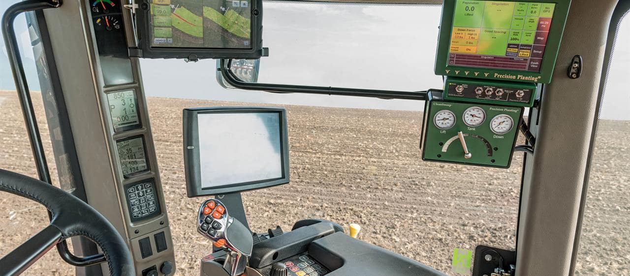 2000-Series_Early-Riser-Planter_Precision-Planting