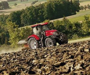 Maxxum CVX - Easy to control