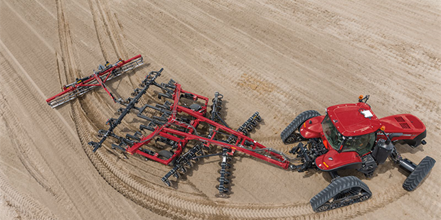 Case IH Extends Its Track Technology Leadership into Specality Markets with New Magnum™ Rowtrac™ Tractors Release