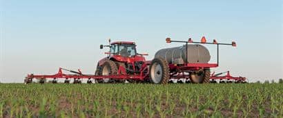 //assets.cnhindustrial.com/caseih/NAFTA/NAFTAASSETS/Products/Application-Equipment/Fertilizer-Applicators/Nutri-Placer-920/Nutri-Placer_920_1725_03-18-13_mr.jpg?width=410&height=171