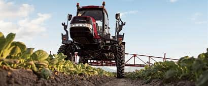 //assets.cnhindustrial.com/caseih/NAFTA/NAFTAASSETS/Products/Application-Equipment/Patriot-Series-Sprayers/Patriot-3240/Patriot_3240_Sprayer_6095_04-24-13_mr.jpg?width=410&height=171