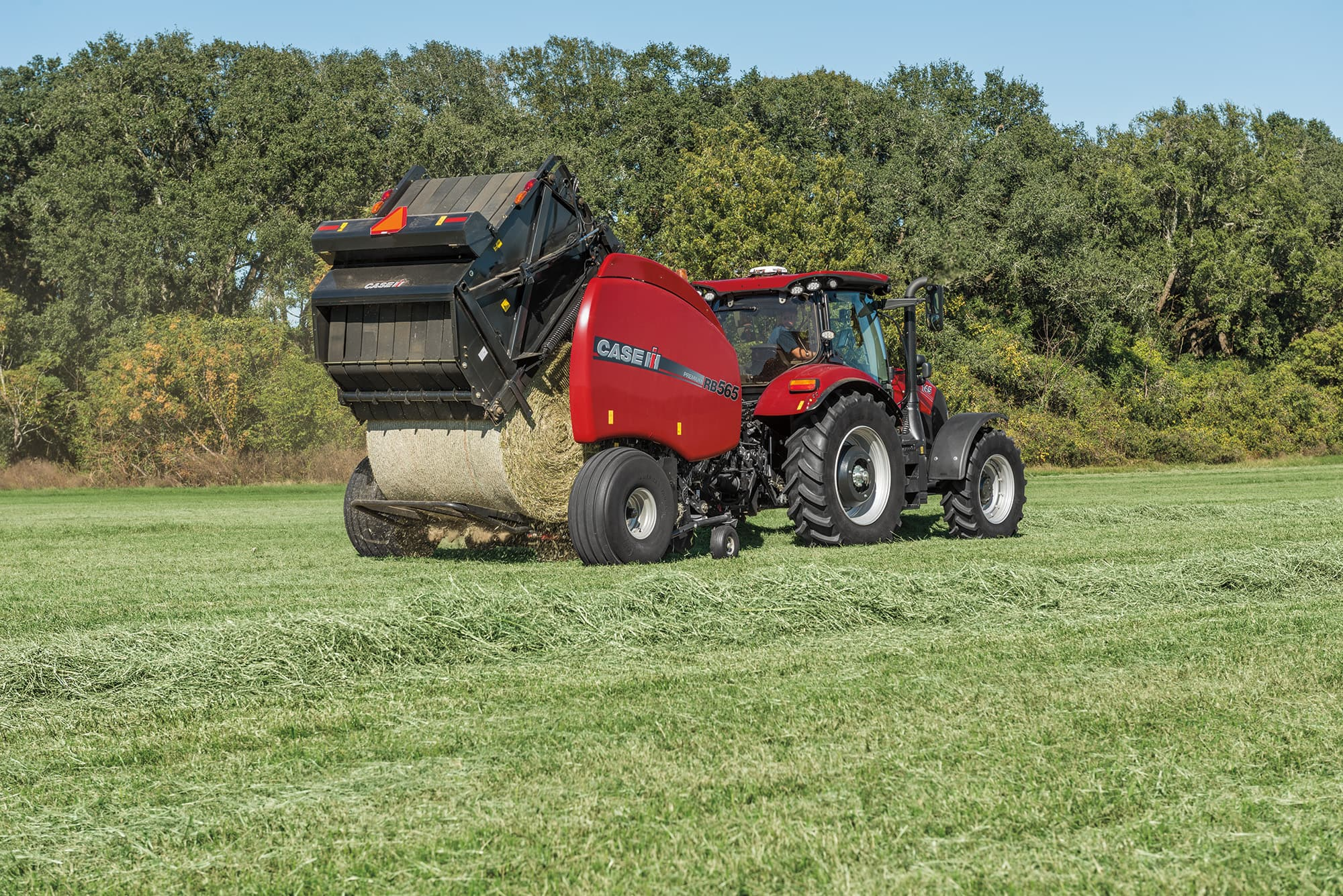 Round Balers | Hay and Foraging Equipment | Case IH