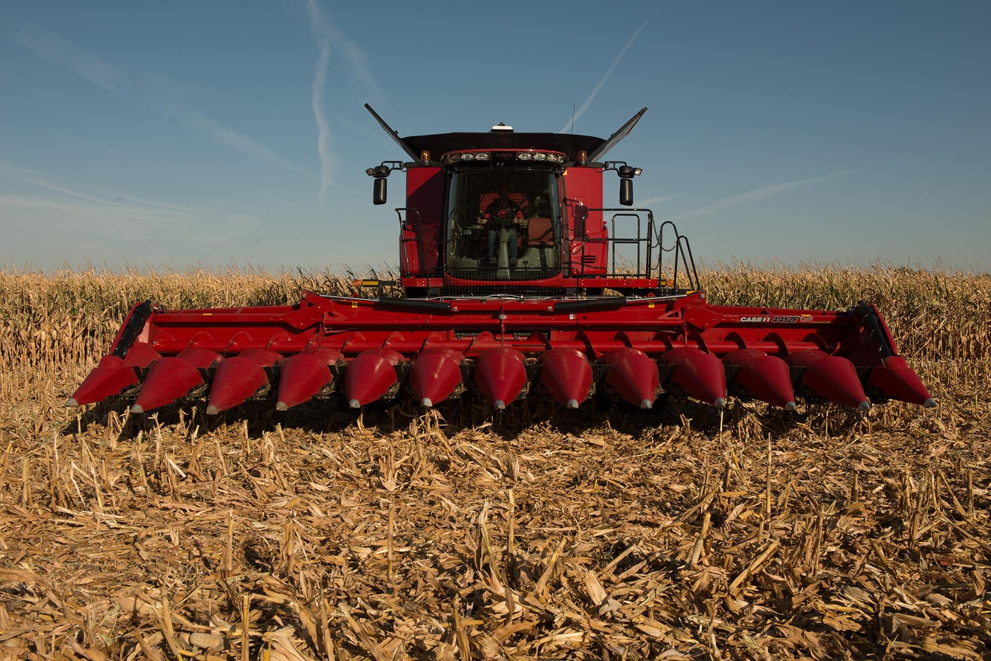 4412F Corn Heads | Combine Harvester Equipment | Case IH