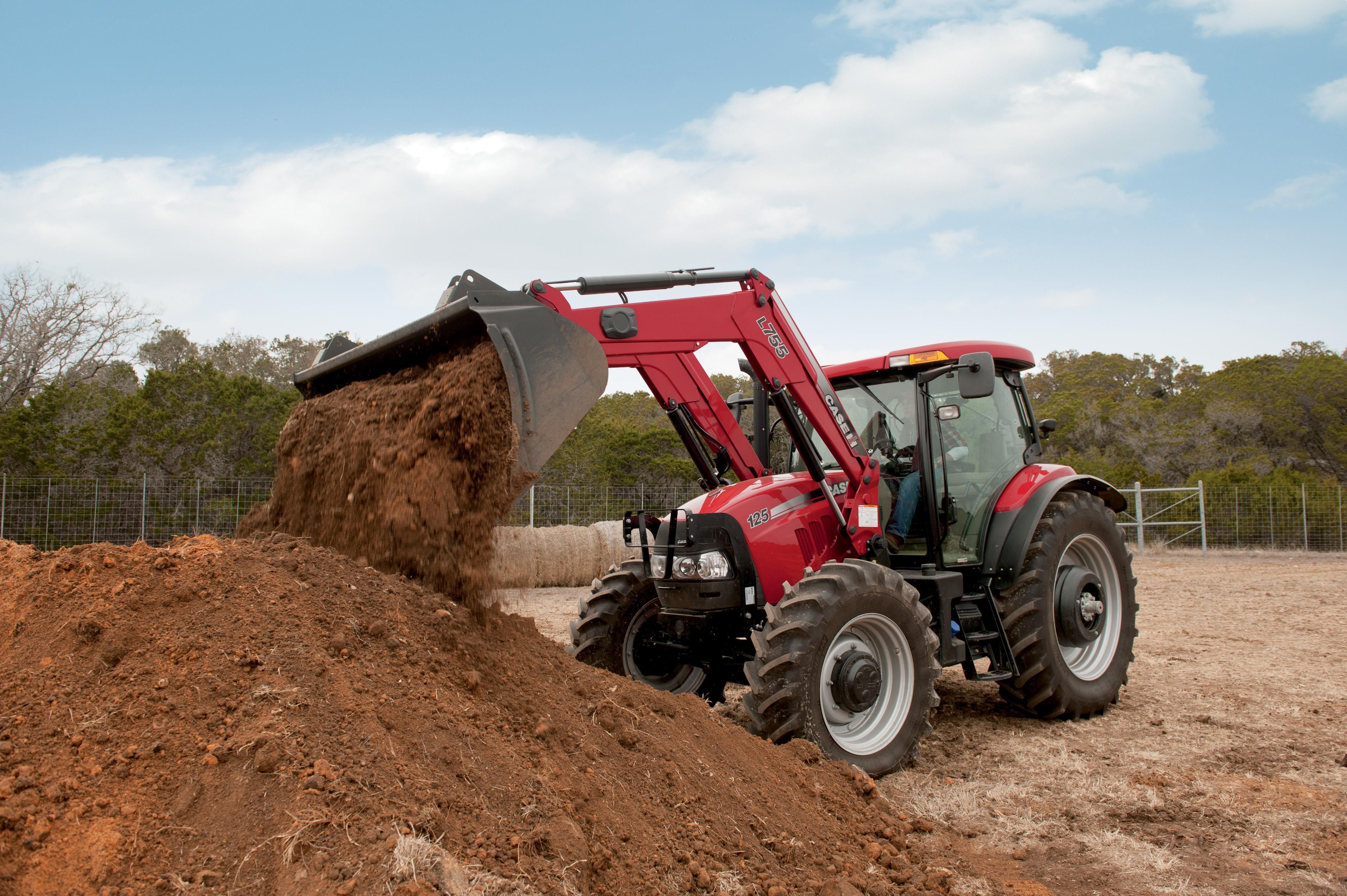 L108 Series Loaders | Tractor Loaders | Case IH