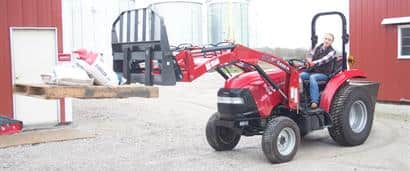 //assets.cnhindustrial.com/caseih/NAFTA/NAFTAASSETS/Products/Loaders-and-Attachments/Loader-Attachments/Pallet-Handling/Case-0361.jpg?width=410&height=171
