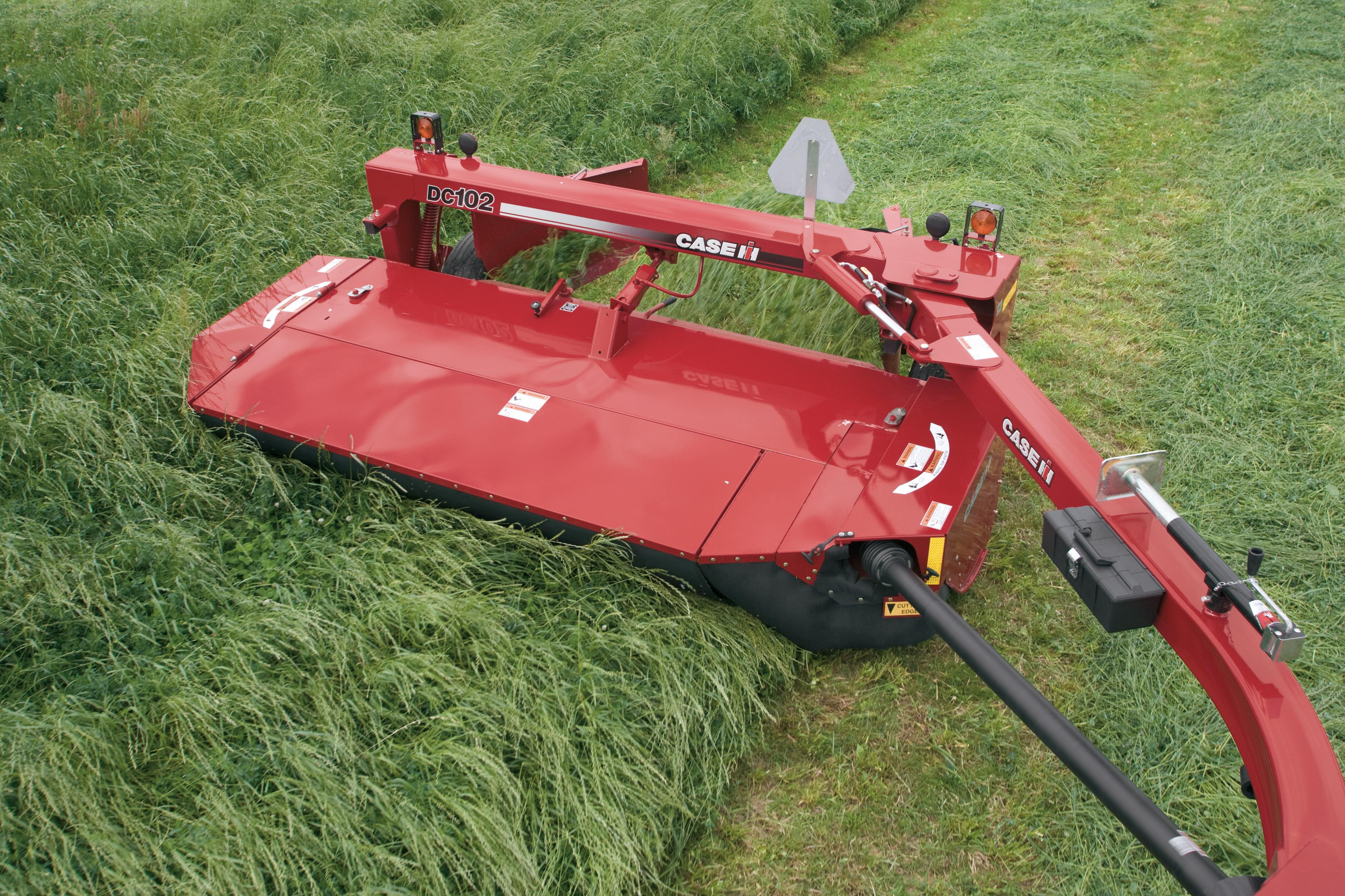 DC102 Rotary Disc Mower Conditioners | Disc Mowers | Case IH