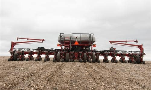 2140 Early Riser Pivot Fold Planter Delivers Split Row Configurations