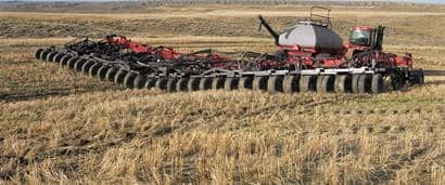 //assets.cnhindustrial.com/caseih/NAFTA/NAFTAASSETS/Products/Planting-and-Seeding/Flex-Hoe-Air-Drills/700/Flex_Hoe_700-001-00101.jpg?width=410&height=171