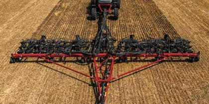 Compare Tractors and Farming Equipment | Case IH