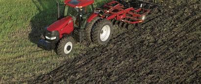 //assets.cnhindustrial.com/caseih/NAFTA/NAFTAASSETS/Products/Tillage/Disk-Rippers/Ecolo-Tiger-527B/Puma210-00201r.jpg?width=410&height=171