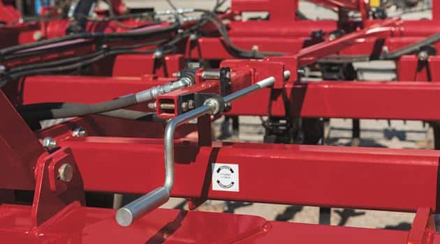 Field Cultivators_Quick and Easy Depth Control