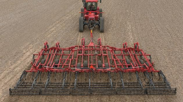 Field Cultivators_Split-the-Middle Sweep Pattern