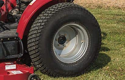 Tires: Turf Tread - R3