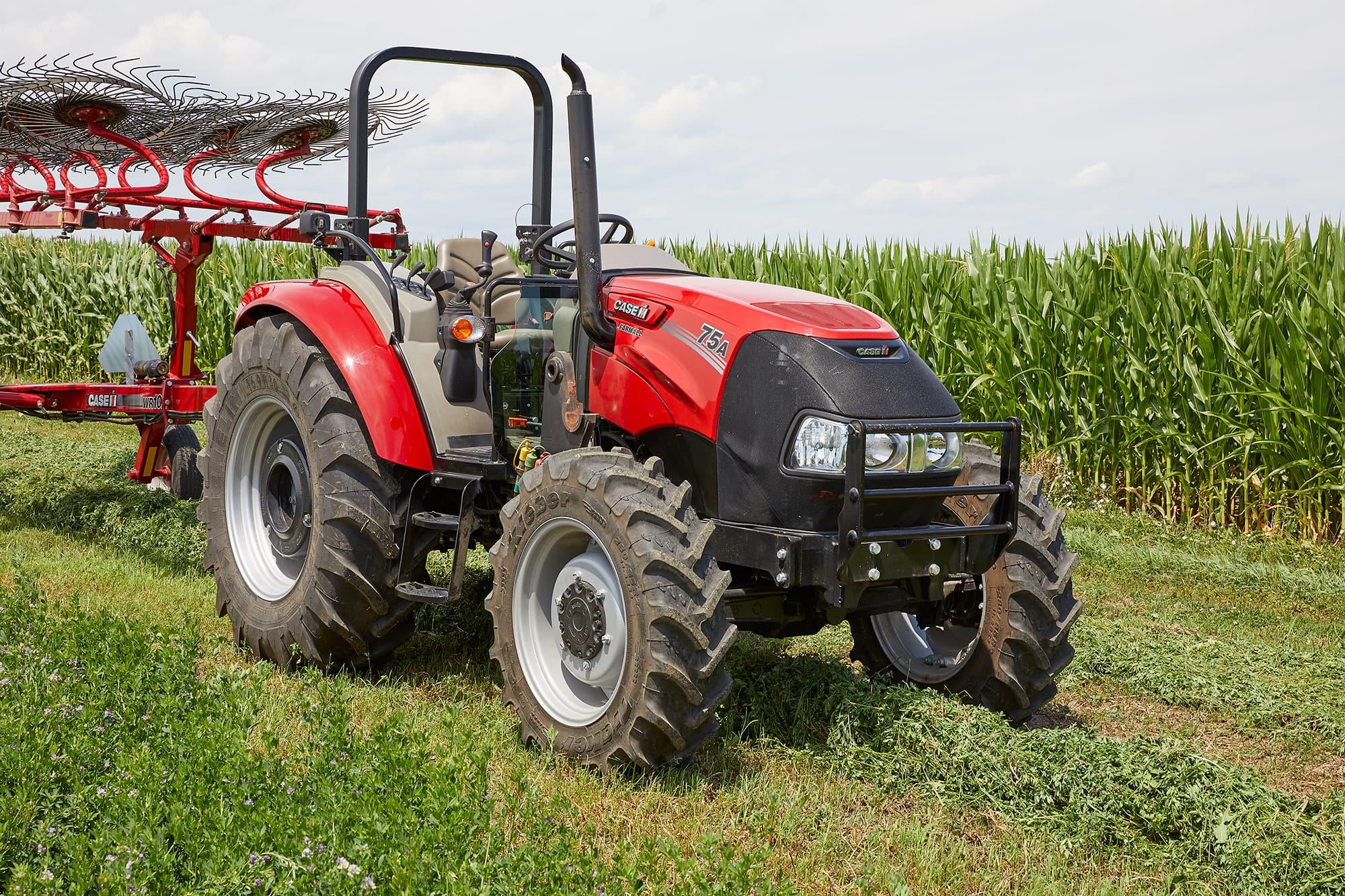 Farmall Utility 75A | Compact Utility Tractors | Case IH