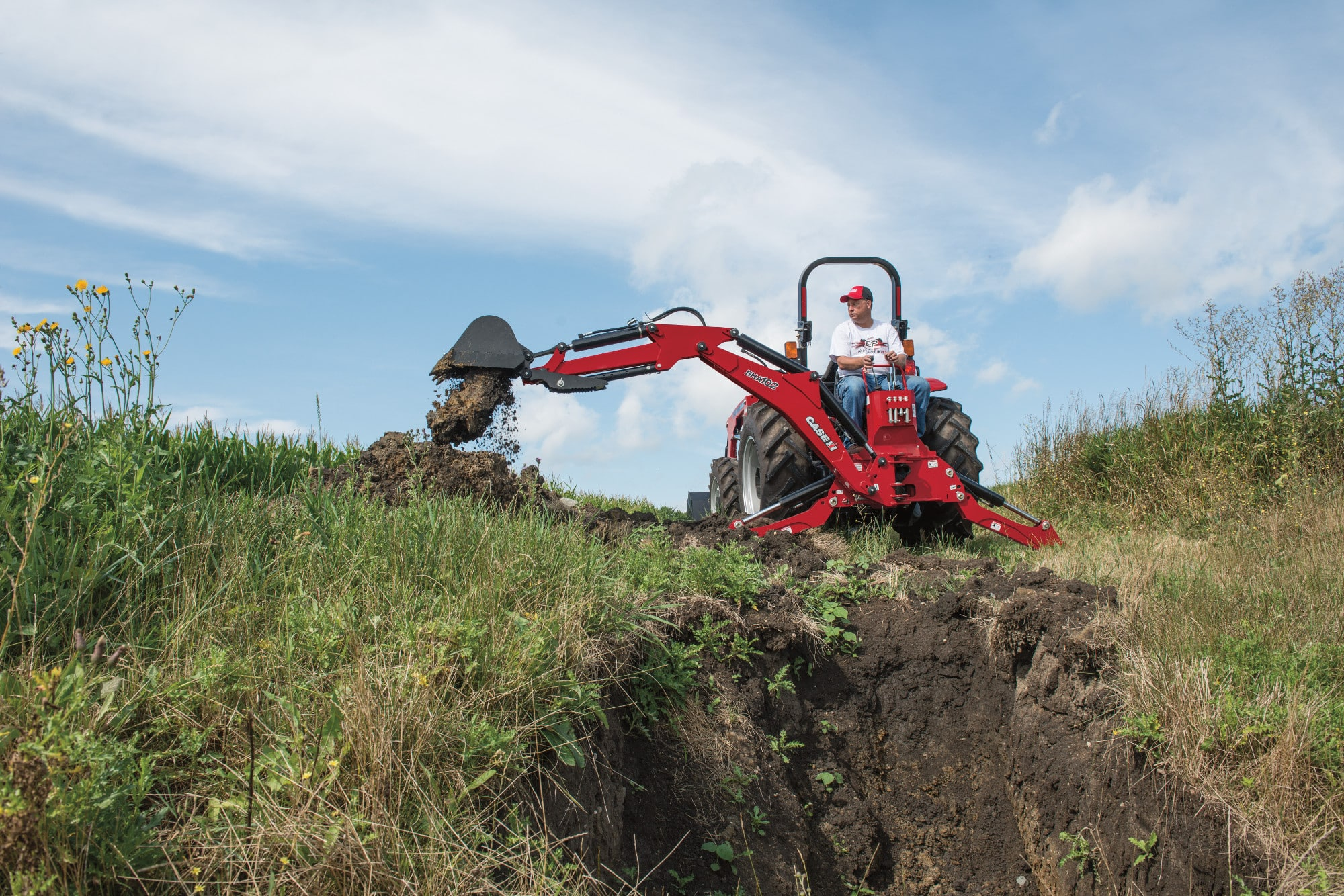 Utility Backhoes For Compact Tractors | Case IH