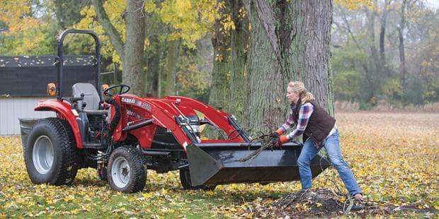 Farmall 31 Compact Tractor : Farmall series compact utility tractors case ih