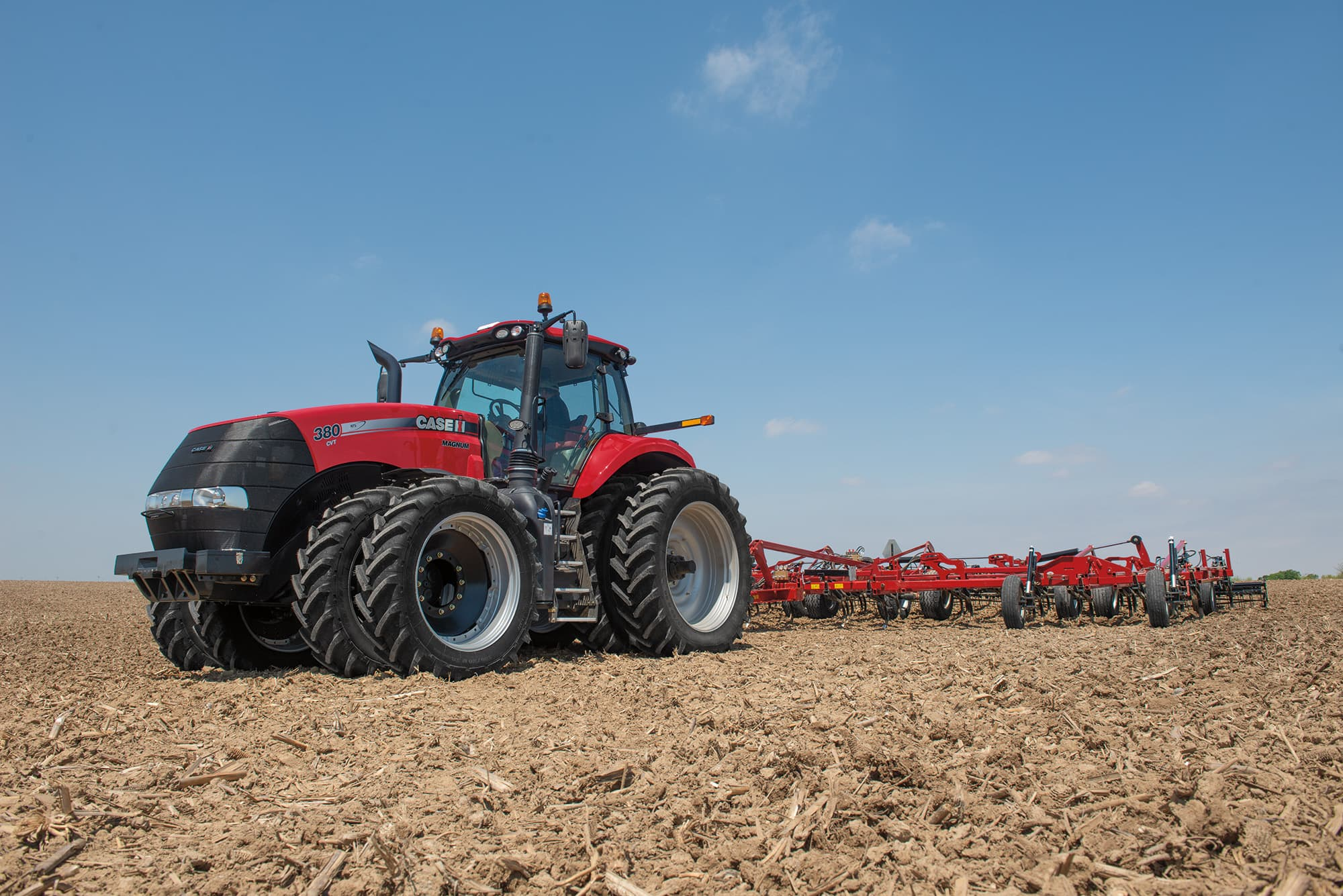 Efficient power. Increased productivity. Operator comfort.